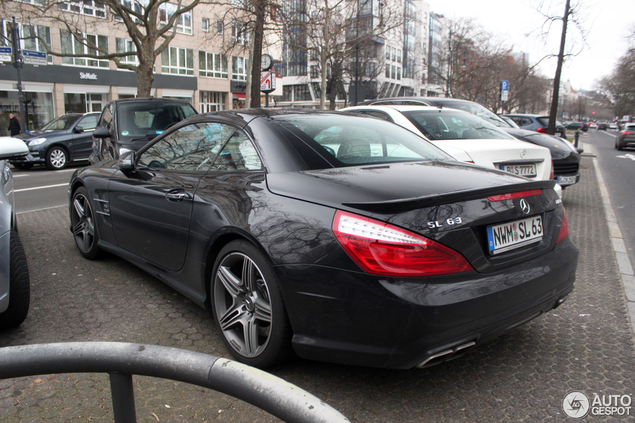 Mercedes-Benz SL 63 AMG R231 9