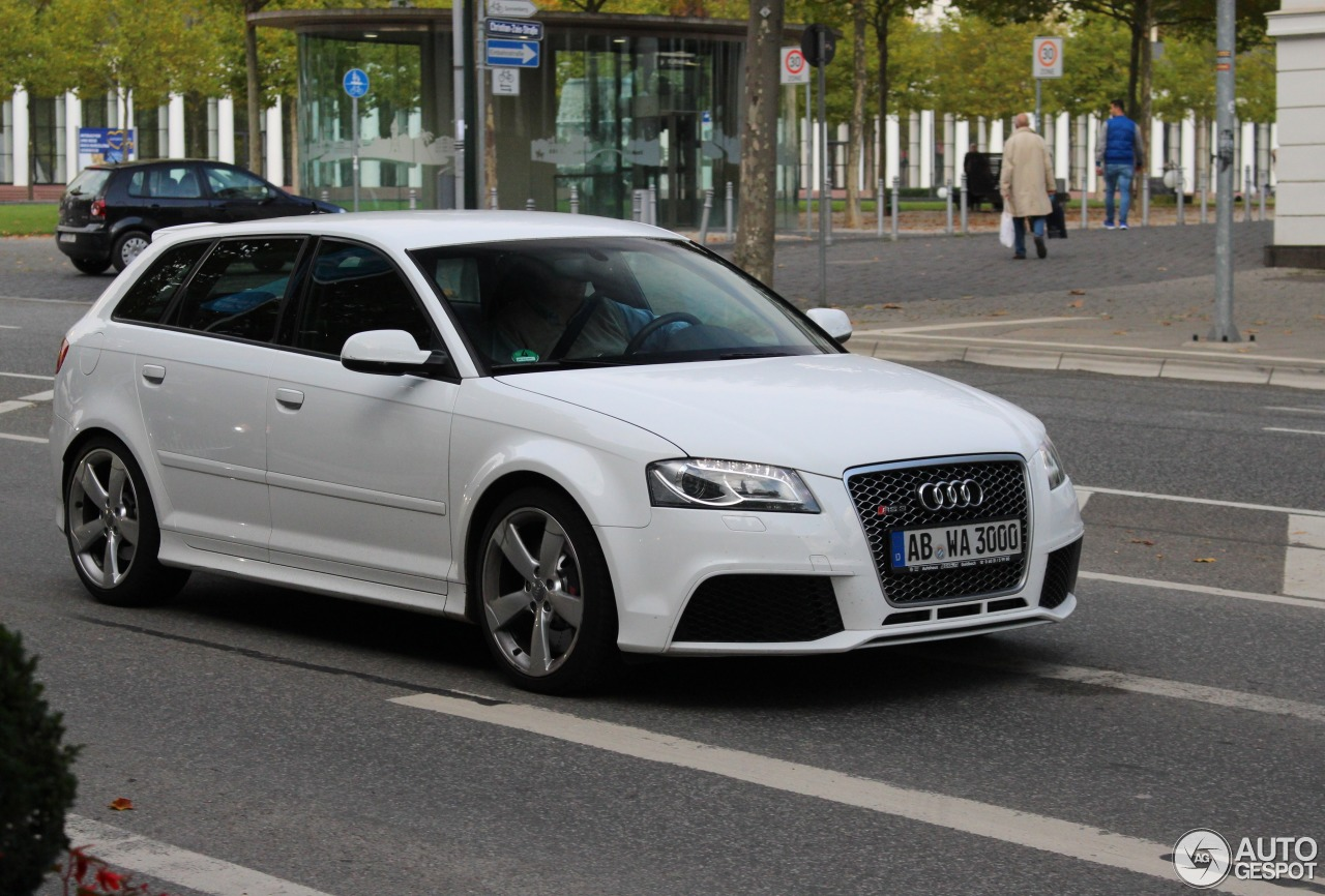Audi RS3 Sportback 1