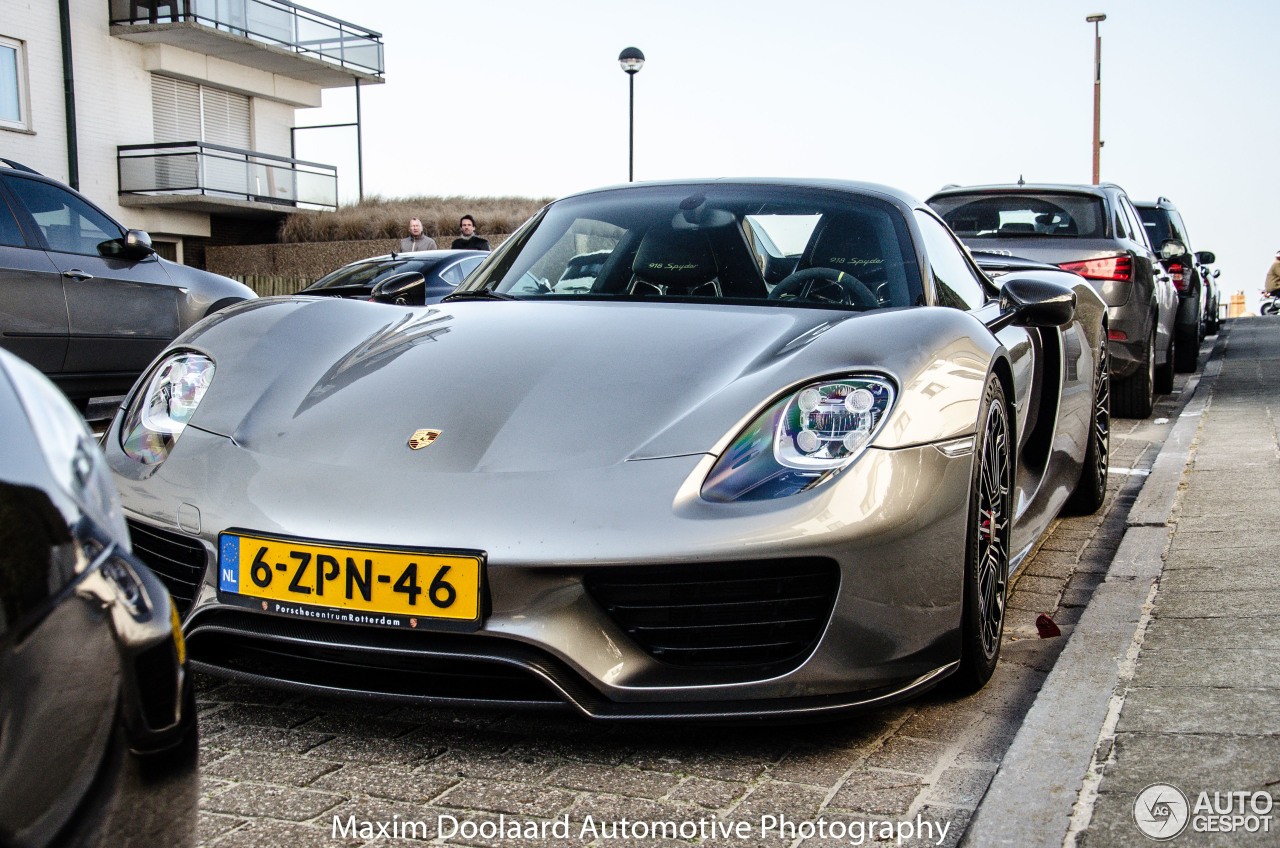 porsche 918 spyder weissach package 13 march 2016 autogespot. Black Bedroom Furniture Sets. Home Design Ideas