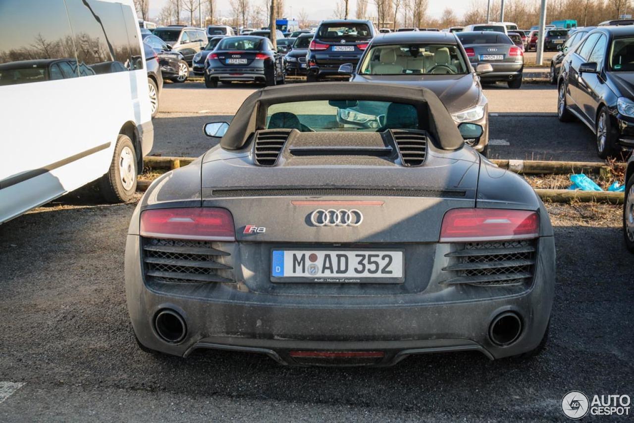 Audi R8 V10 Spyder 2013 5