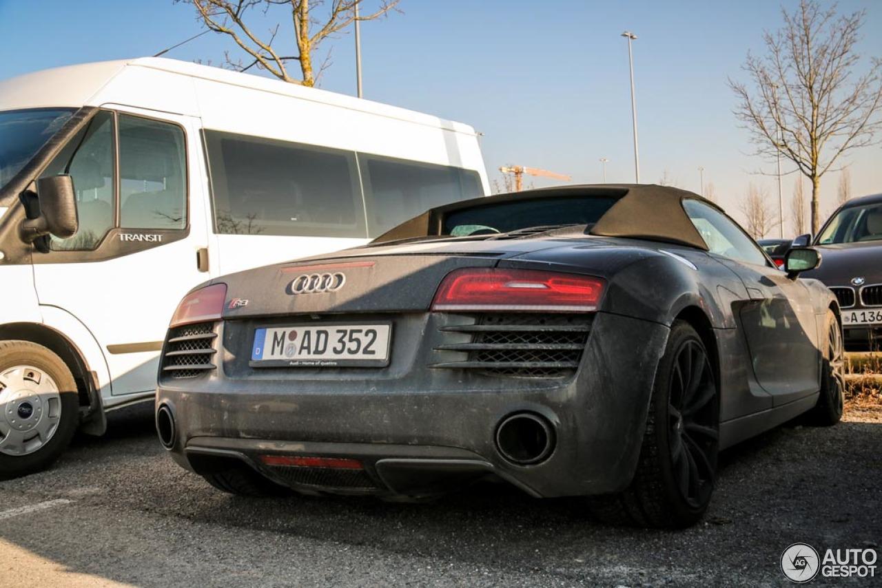 Audi R8 V10 Spyder 2013 6