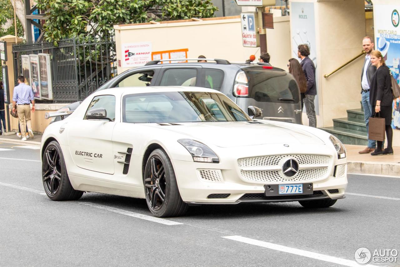 Mercedes benz sls amg electric drive 17 march 2016 for Mercedes benz electric drive