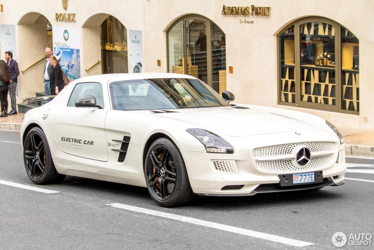 Mercedes benz sls amg electric drive 17 march 2016 for Mercedes benz sls amg electric drive price