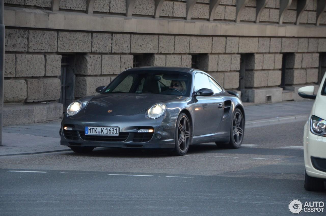 Porsche 997 Turbo MkI 6