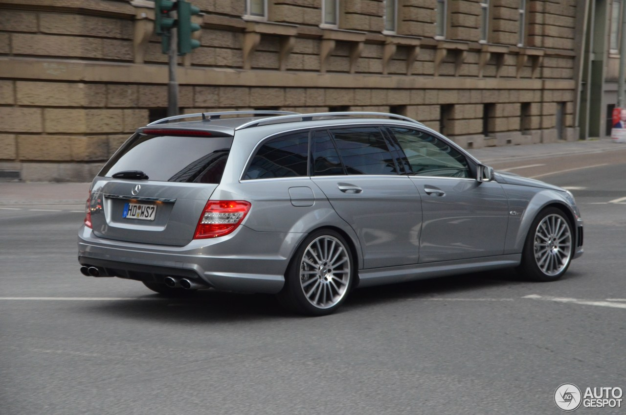 Mercedes-Benz C 63 AMG Estate 4