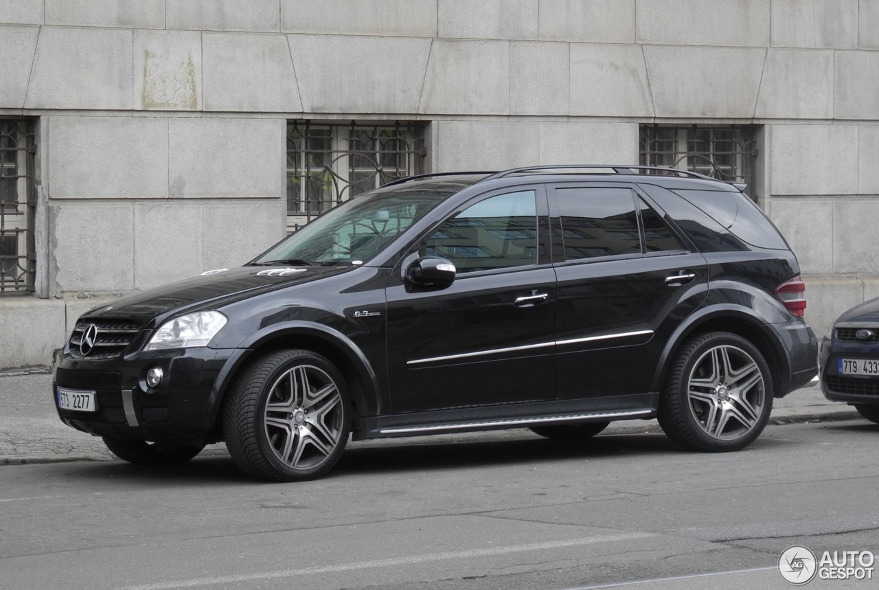 mercedes benz ml 63 amg w164 21 march 2016 autogespot. Black Bedroom Furniture Sets. Home Design Ideas