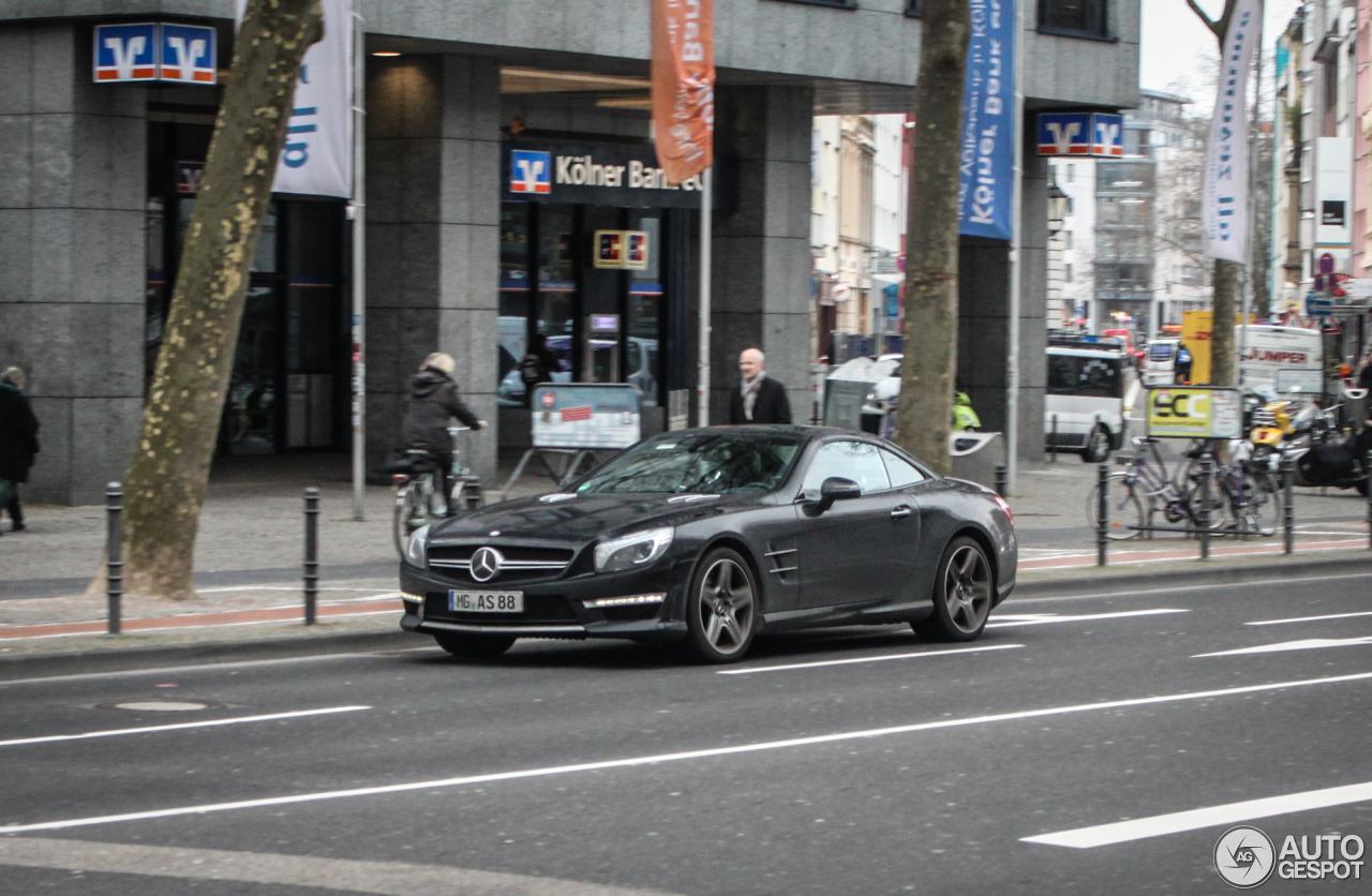 Mercedes-Benz SL 63 AMG R231 3