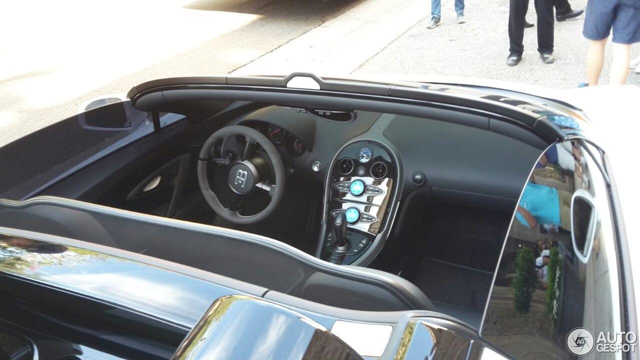 bugatti veyron 16 4 grand sport vitesse l 39 orque blanc 28 march 2016 a. Black Bedroom Furniture Sets. Home Design Ideas