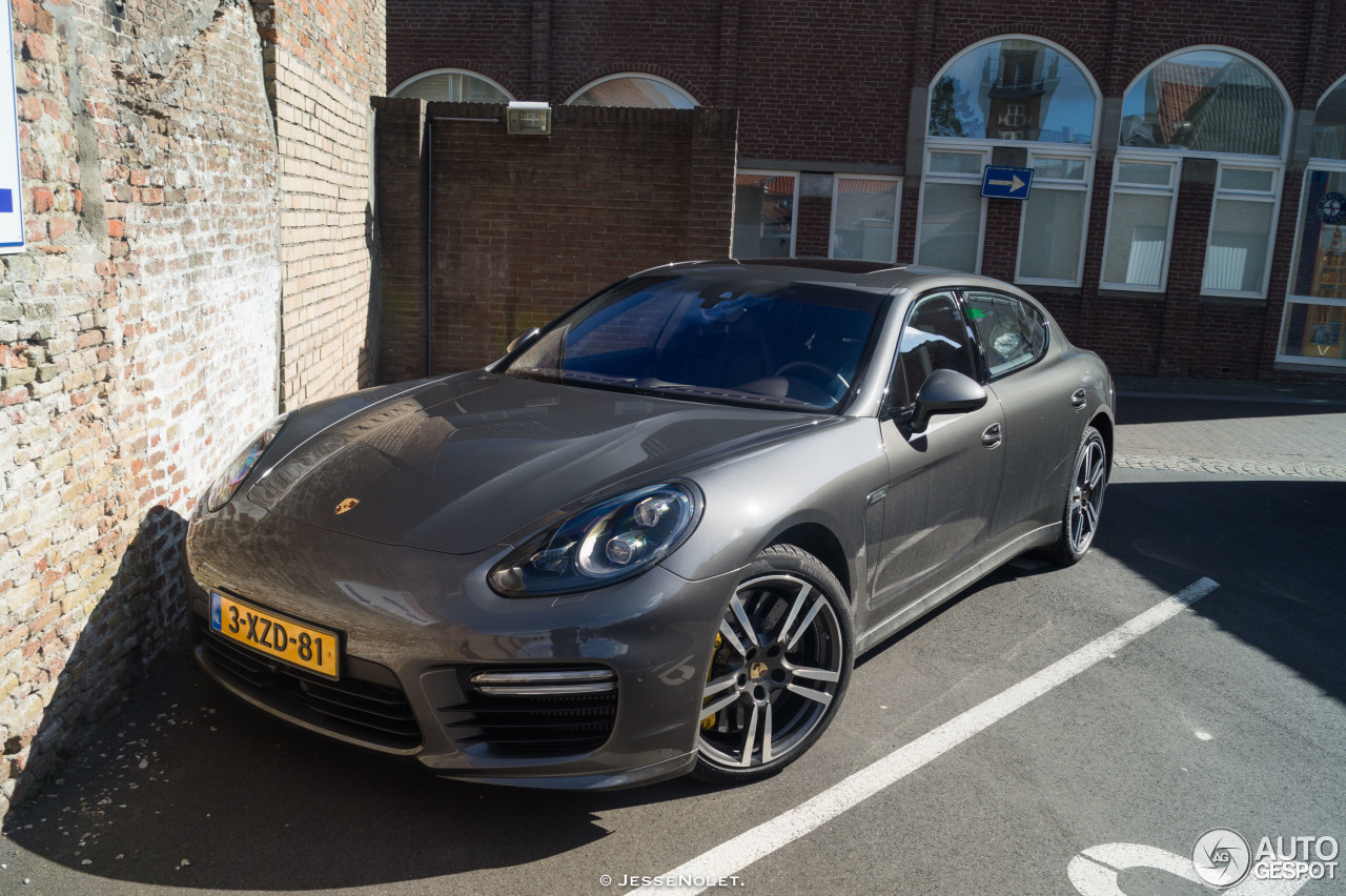 porsche panamera turbo s executive mkii 30 march 2016 autogespot. Black Bedroom Furniture Sets. Home Design Ideas