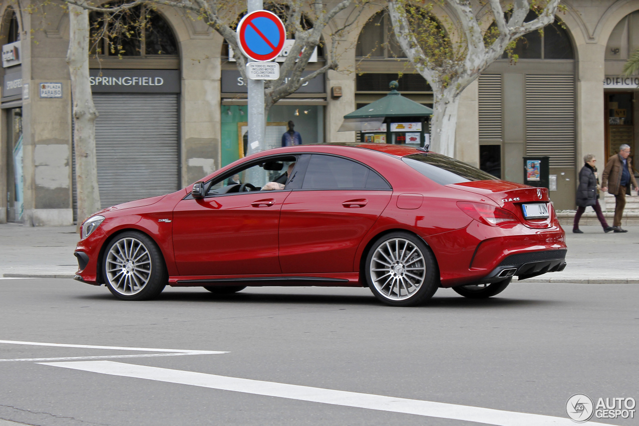 Mercedes benz cla 45 amg c117 3 april 2016 autogespot for Mercedes benz cla 250 amg price