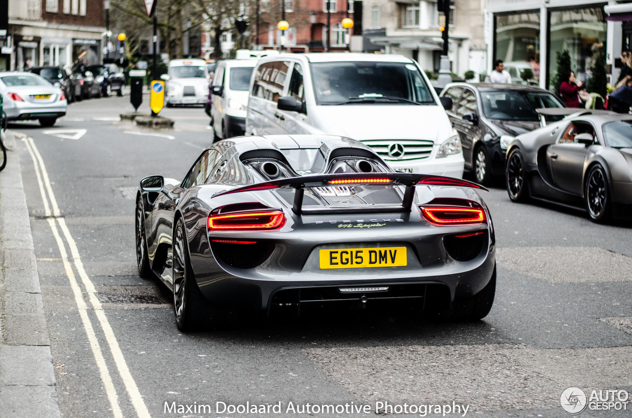 porsche 918 spyder 4 april 2016 autogespot. Black Bedroom Furniture Sets. Home Design Ideas