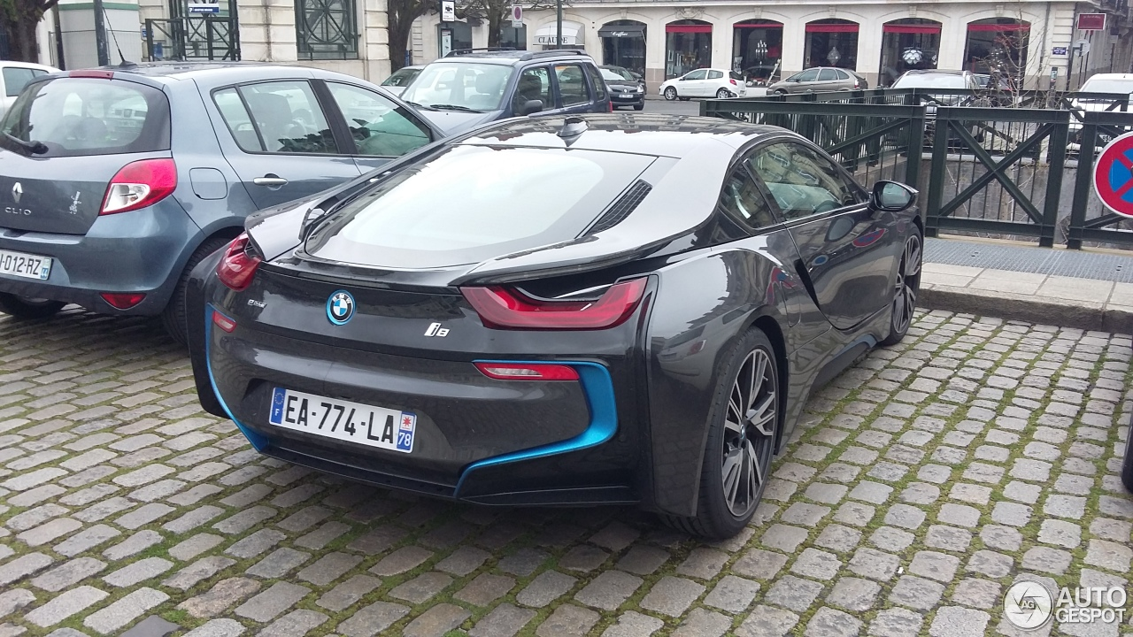 bmw i8 5 avril 2016 autogespot. Black Bedroom Furniture Sets. Home Design Ideas