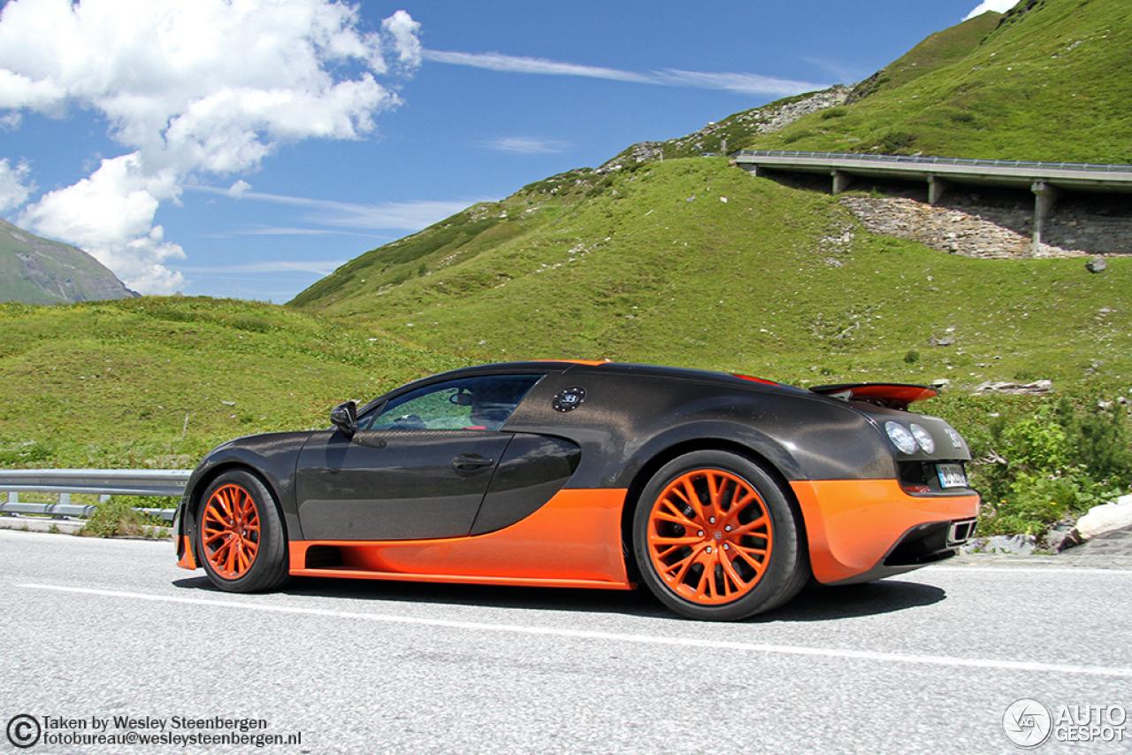 bugatti veyron 16 4 super sport l 39 edition sp ciale record du monde 5 ap. Black Bedroom Furniture Sets. Home Design Ideas