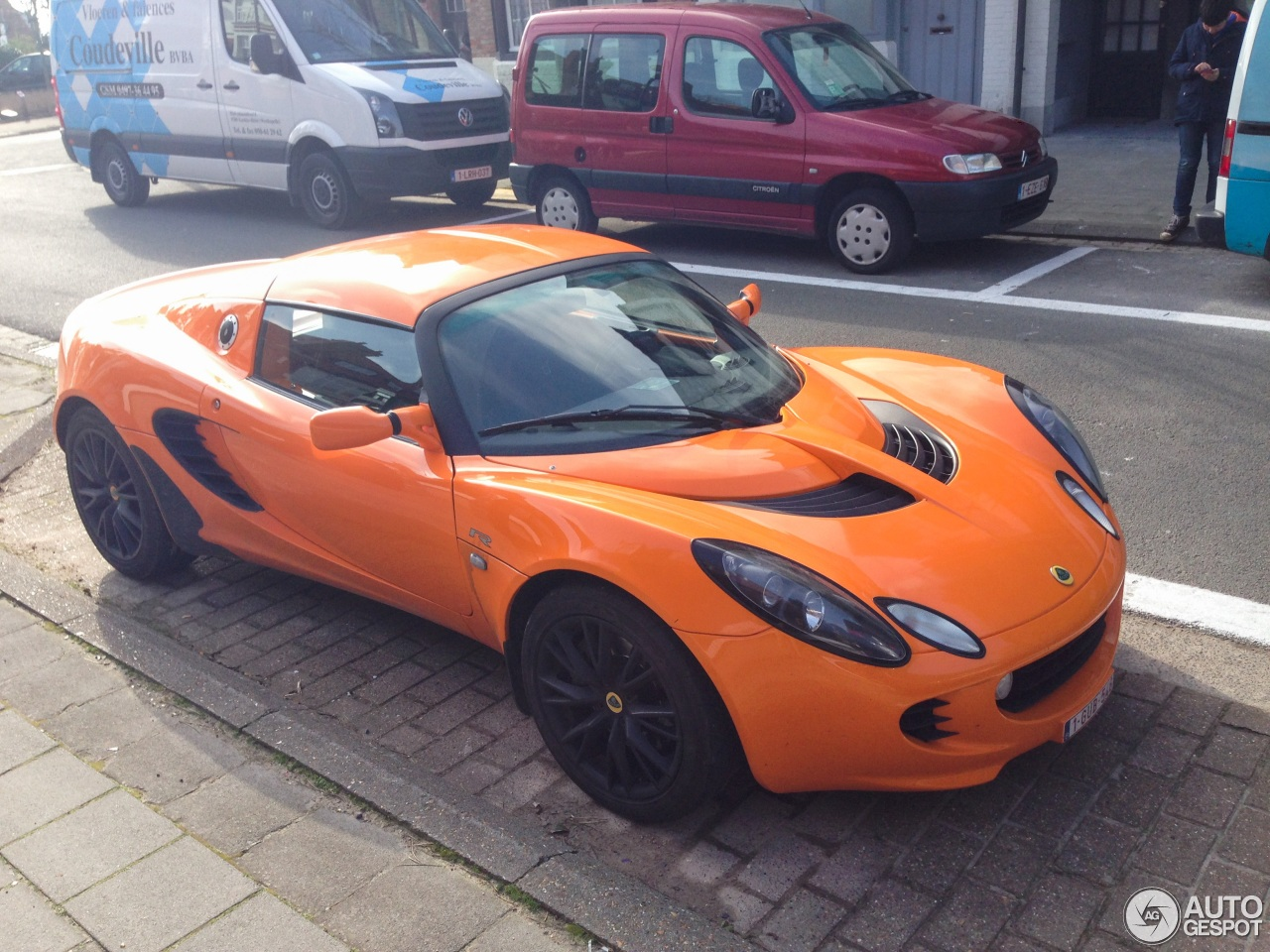 lotus elise s2 111r 5 april 2016 autogespot. Black Bedroom Furniture Sets. Home Design Ideas