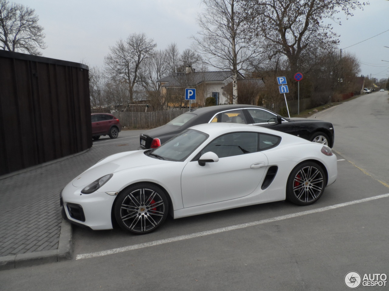 porsche 981 cayman gts 6 april 2016 autogespot. Black Bedroom Furniture Sets. Home Design Ideas