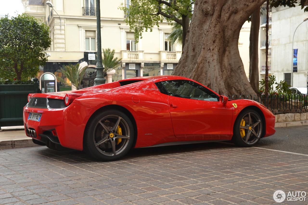 2010 Ferrari 458 Spider photo - 3