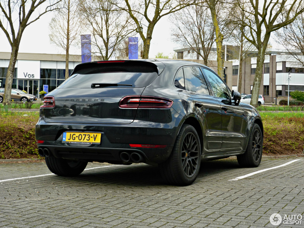my17 macan images page 18 porsche macan forum. Black Bedroom Furniture Sets. Home Design Ideas