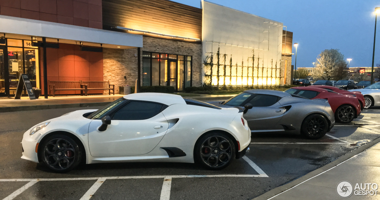 The Alfa Romeo 4C Shames Every Other Sports Car   Jalopnik