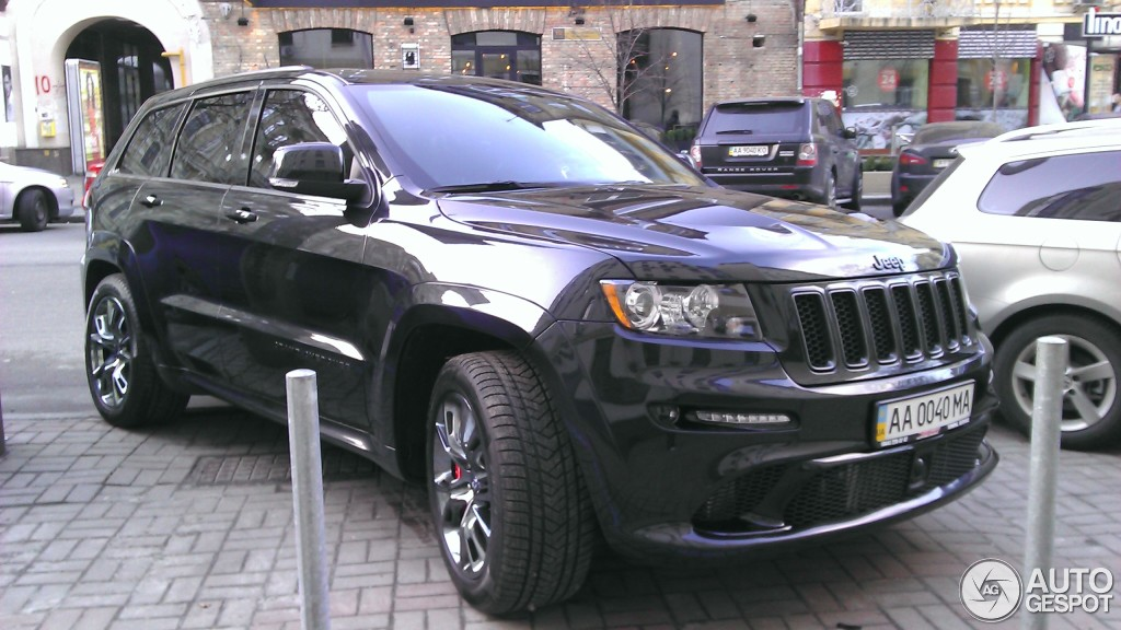 jeep grand cherokee srt 8 2012 10 april 2016 autogespot. Black Bedroom Furniture Sets. Home Design Ideas