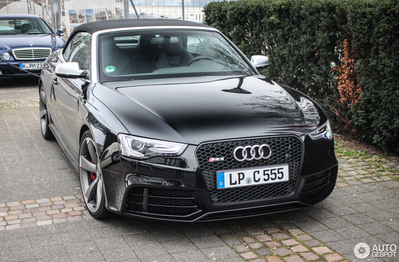 audi rs5 cabriolet b8 11 april 2016 autogespot. Black Bedroom Furniture Sets. Home Design Ideas