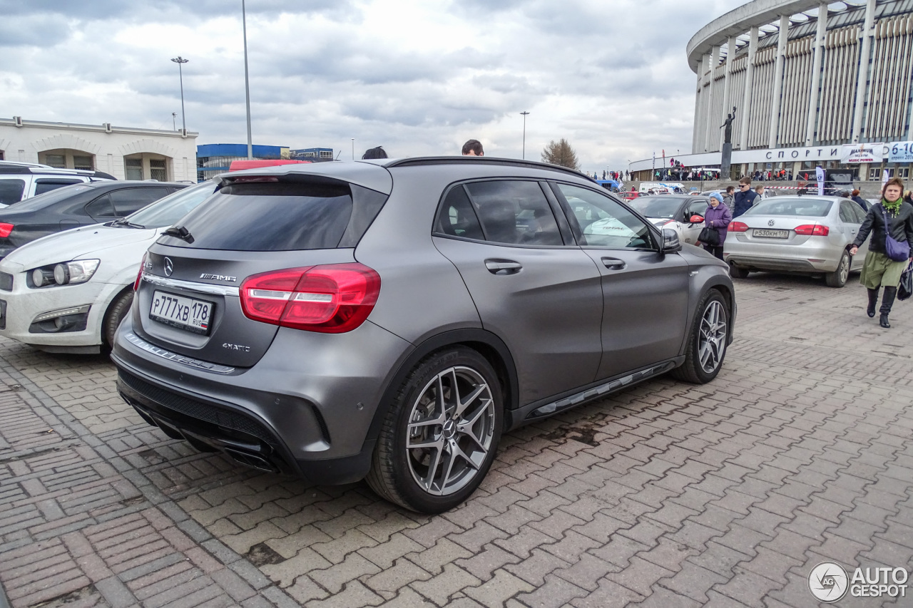 mercedes benz gla 45 amg x156 12 april 2016 autogespot. Black Bedroom Furniture Sets. Home Design Ideas