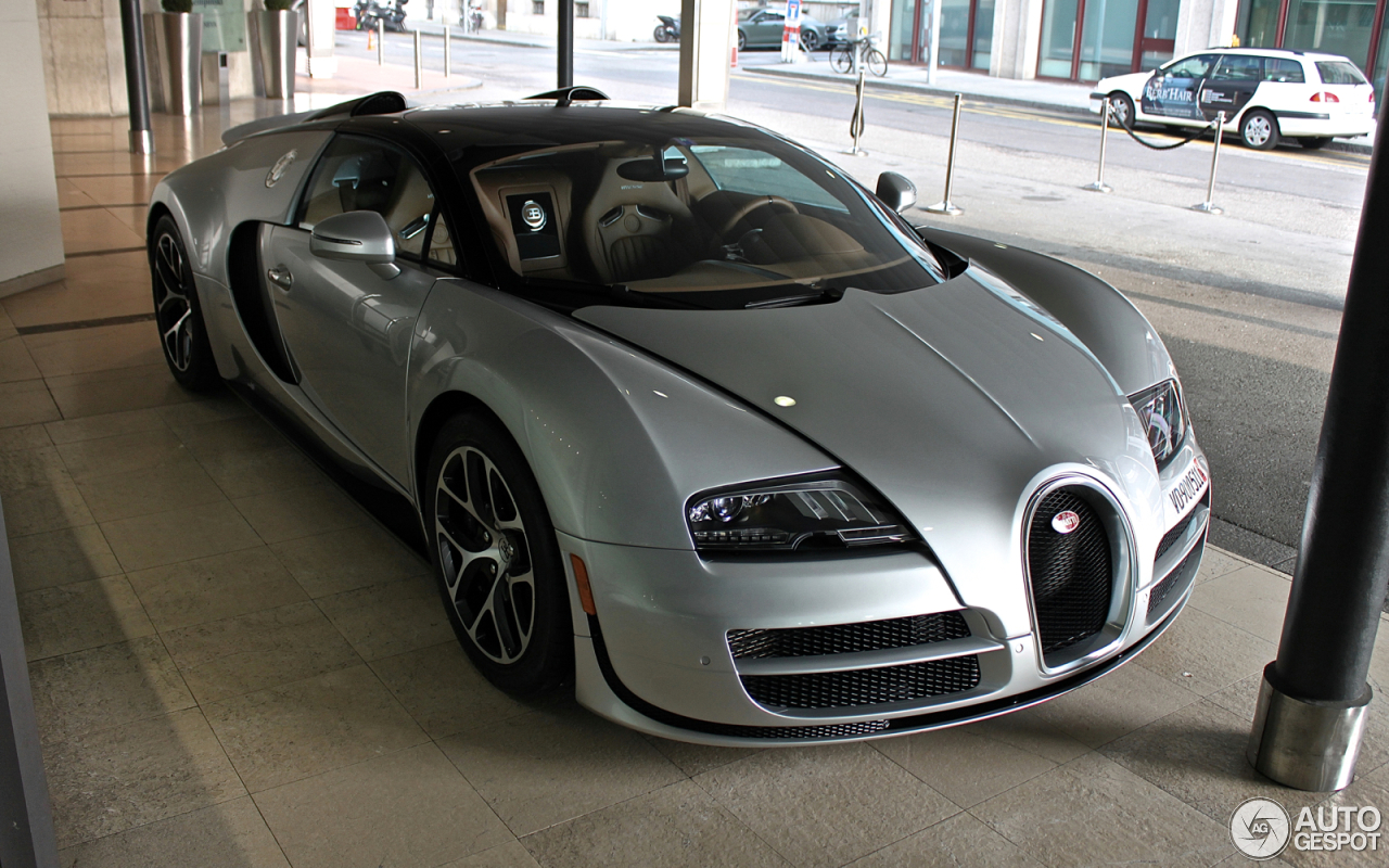 bugatti veyron 16 4 grand sport vitesse 15 april 2016 autogespot. Black Bedroom Furniture Sets. Home Design Ideas