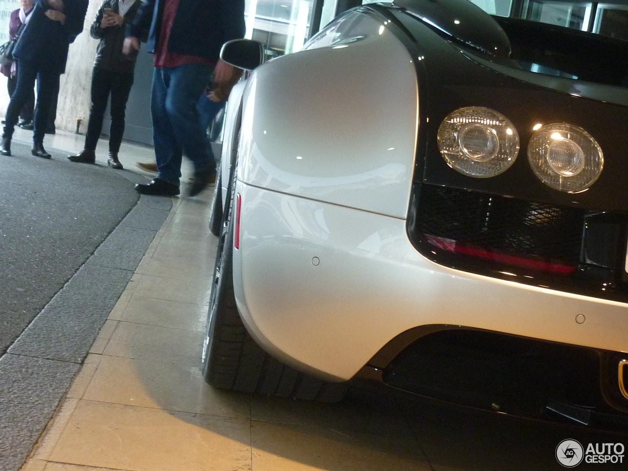 bugatti veyron 16 4 grand sport vitesse 16 april 2016. Black Bedroom Furniture Sets. Home Design Ideas