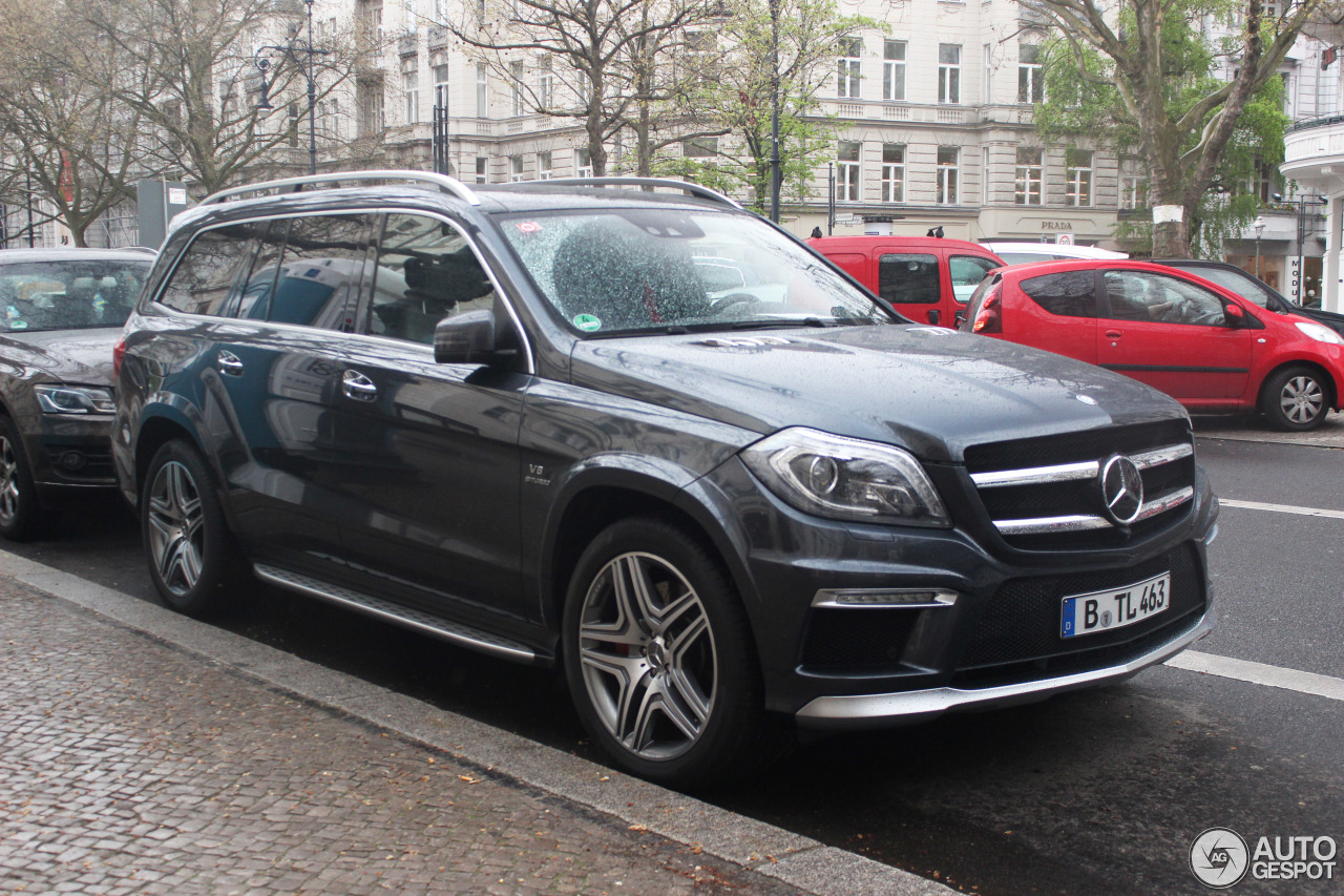 Mercedes benz gl 63 amg x166 16 april 2016 autogespot for Mercedes benz gls 63 amg