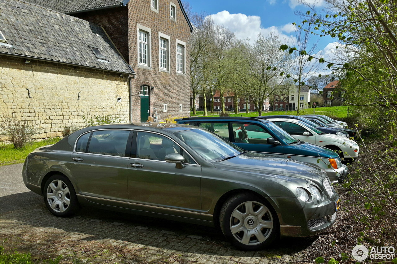 bentley continental flying spur 17 april 2016 autogespot. Cars Review. Best American Auto & Cars Review