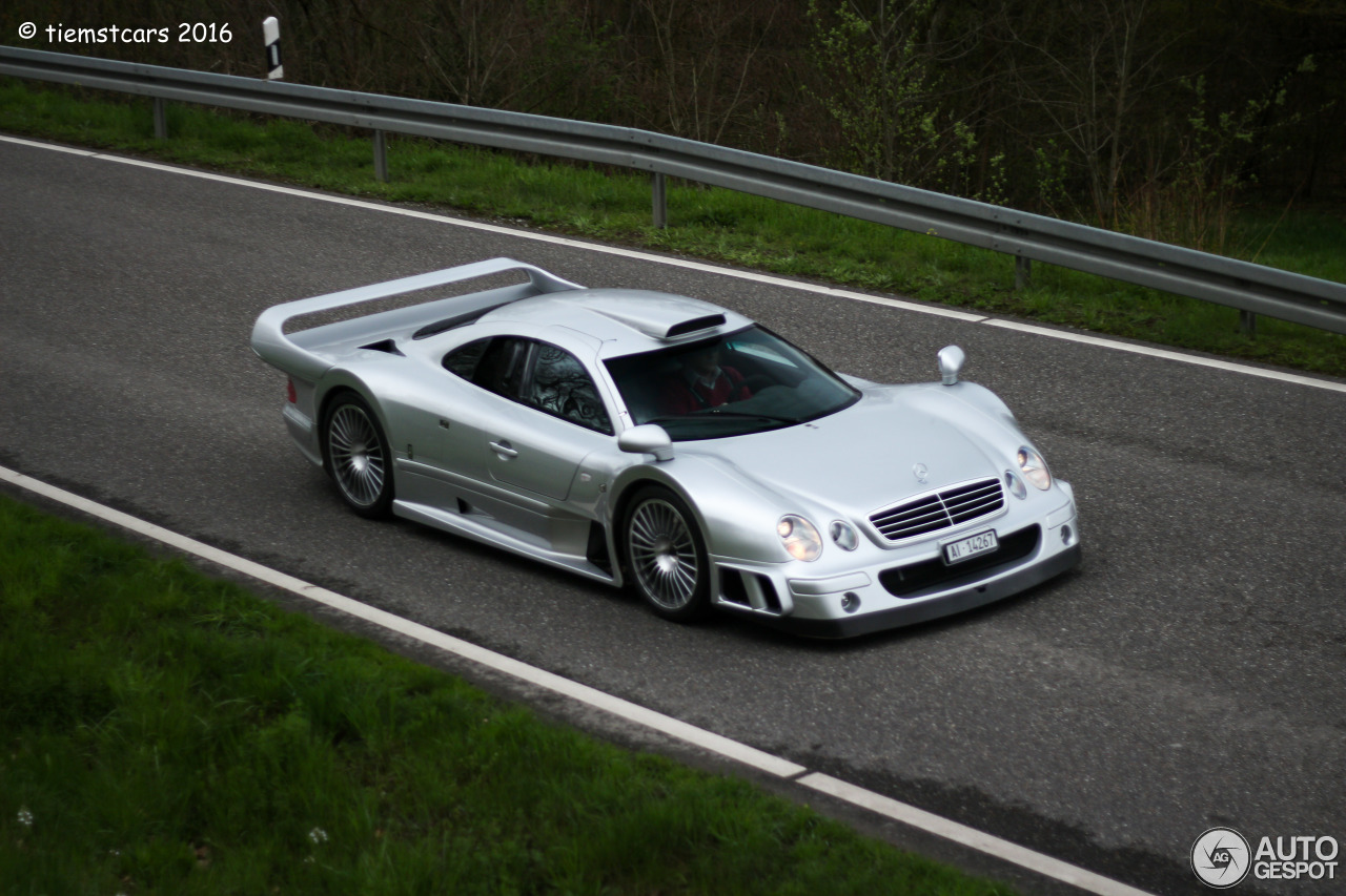 Mercedes benz clk gtr amg 17 april 2016 autogespot for Mercedes benz clk