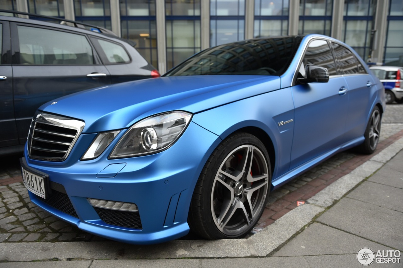 Mercedes benz e 63 amg w212 v8 biturbo 19 april 2016 for Mercedes benz v8 amg