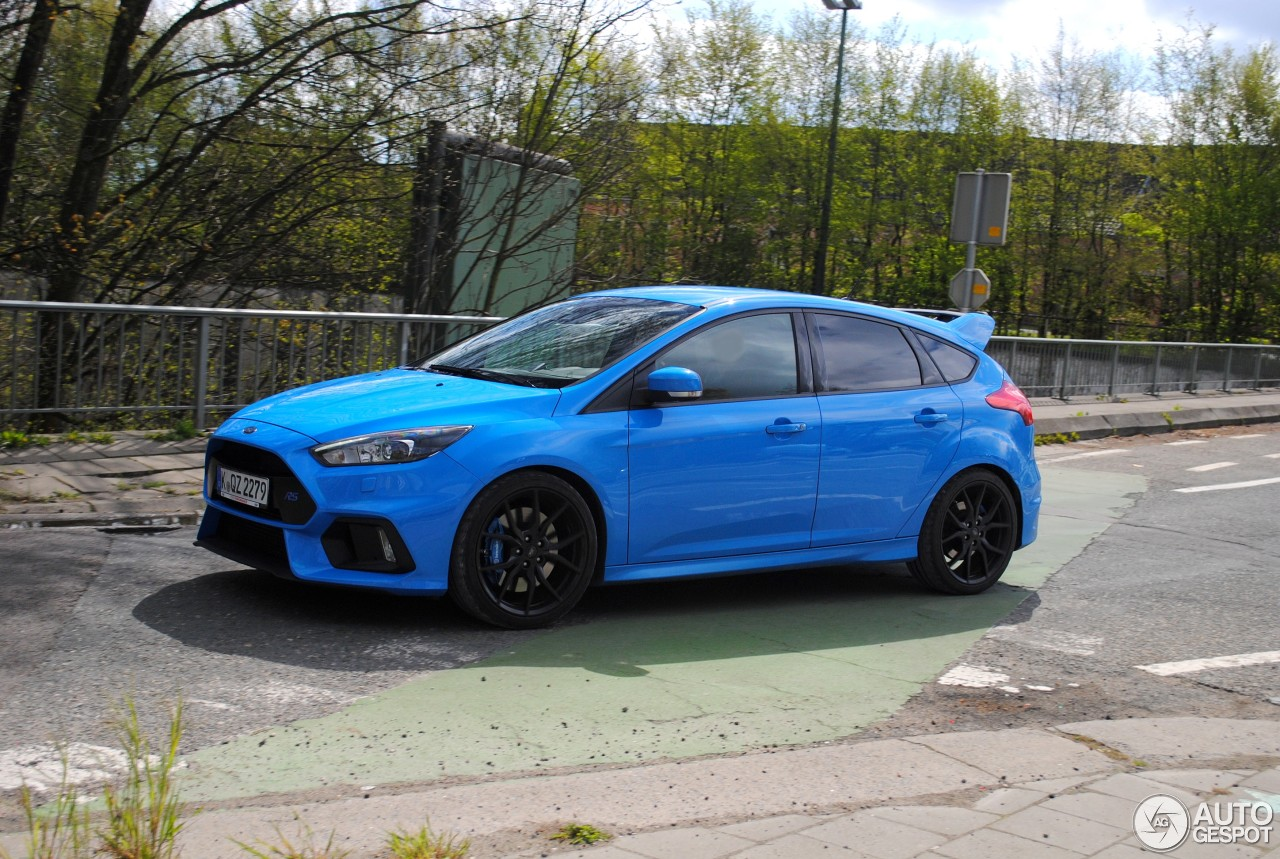 ford focus rs 2015 20 april 2016 autogespot. Black Bedroom Furniture Sets. Home Design Ideas