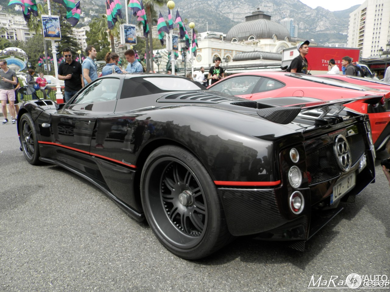 pagani zonda c12 f roadster 21 april 2016 autogespot. Black Bedroom Furniture Sets. Home Design Ideas