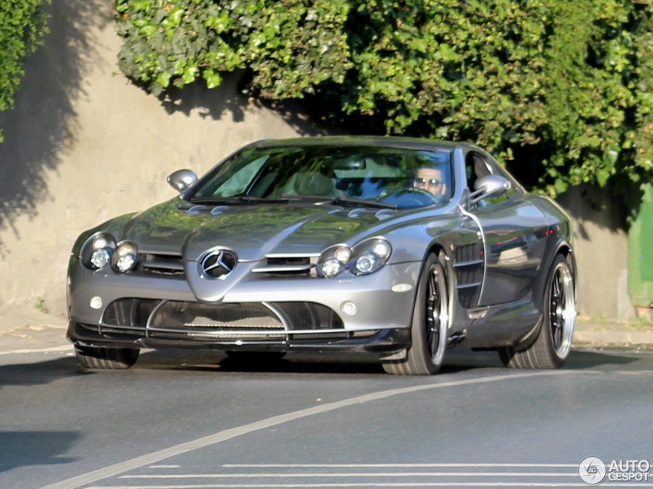 Mercedes benz slr mclaren 722 edition 4 may 2016 for Mercedes benz slr mclaren price