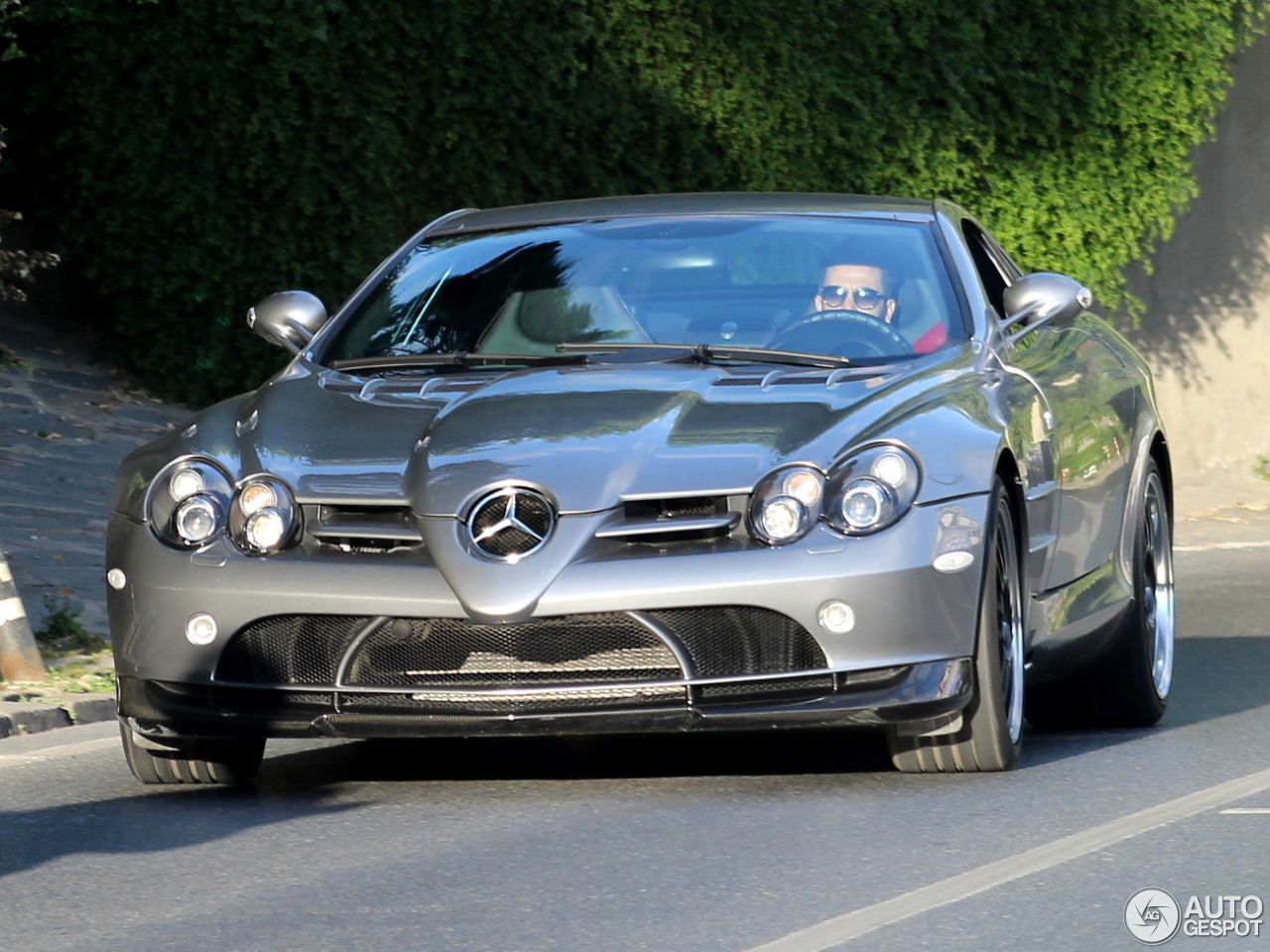 mercedes slr mclaren 722 edition price auto express. Black Bedroom Furniture Sets. Home Design Ideas