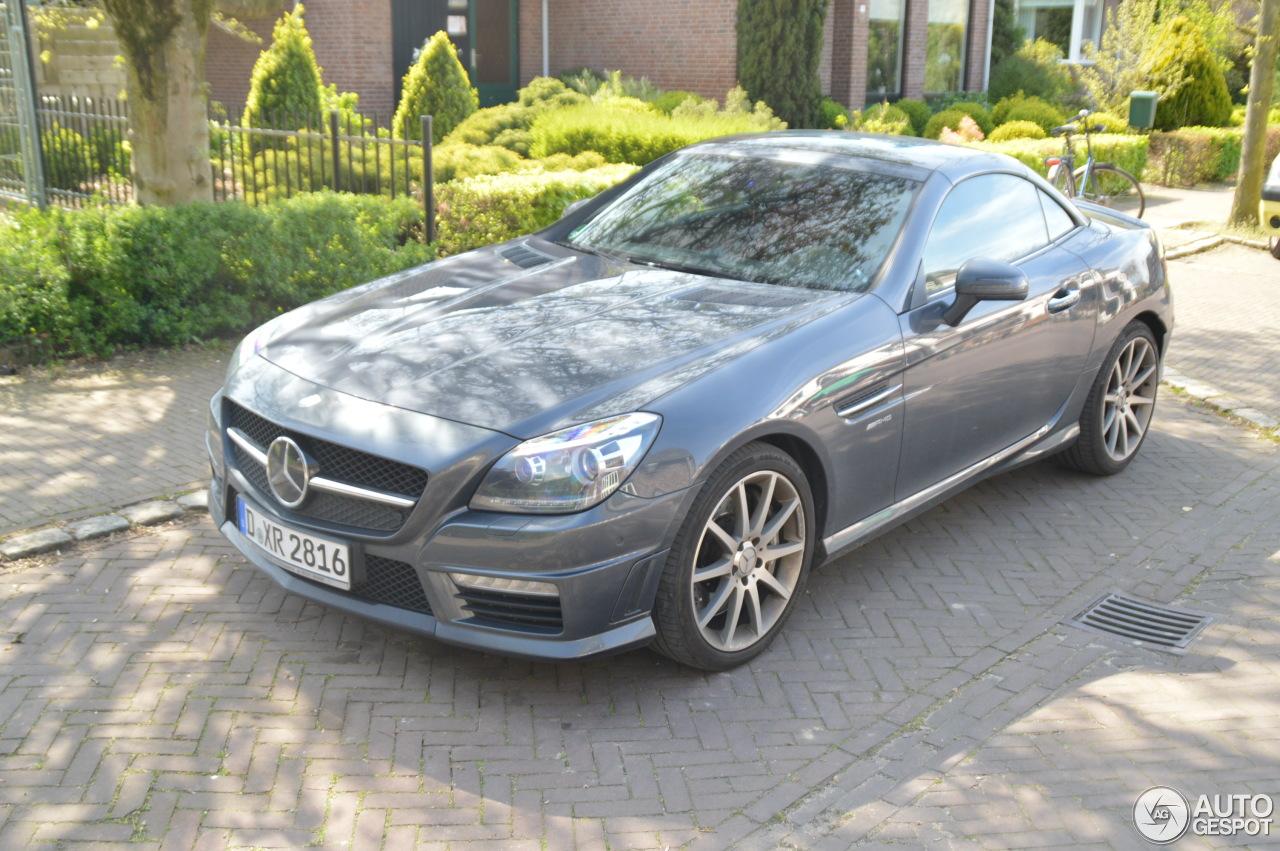 Mercedes benz slk 55 amg r172 6 may 2016 autogespot for 2016 amg slk55 mercedes benz