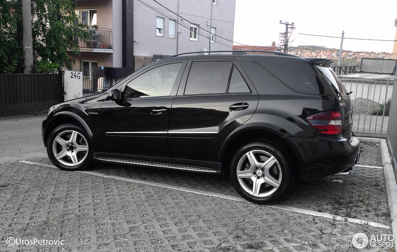 mercedes benz ml 63 amg w164 7 may 2016 autogespot. Black Bedroom Furniture Sets. Home Design Ideas