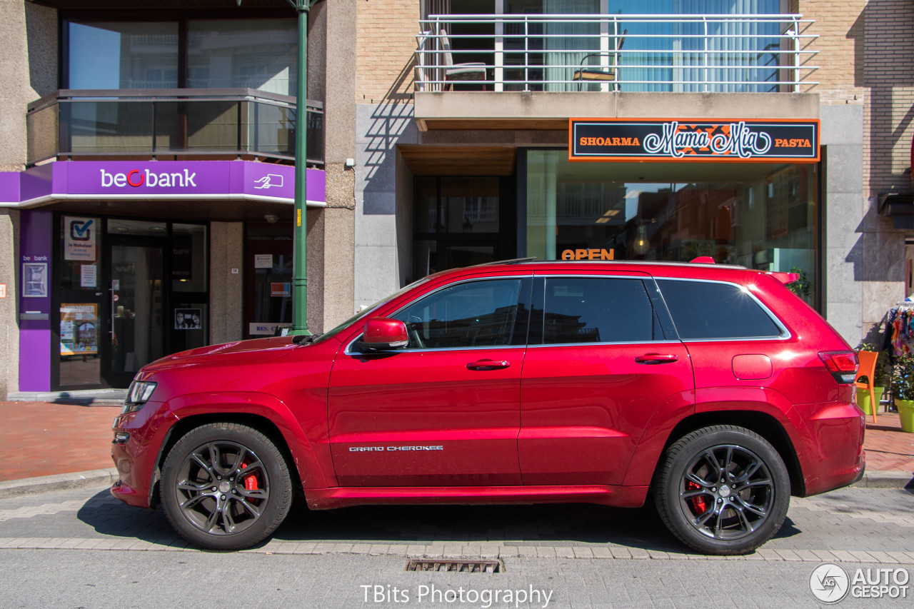 review 2010 jeep grand cherokee srt 8 new car reviews. Black Bedroom Furniture Sets. Home Design Ideas