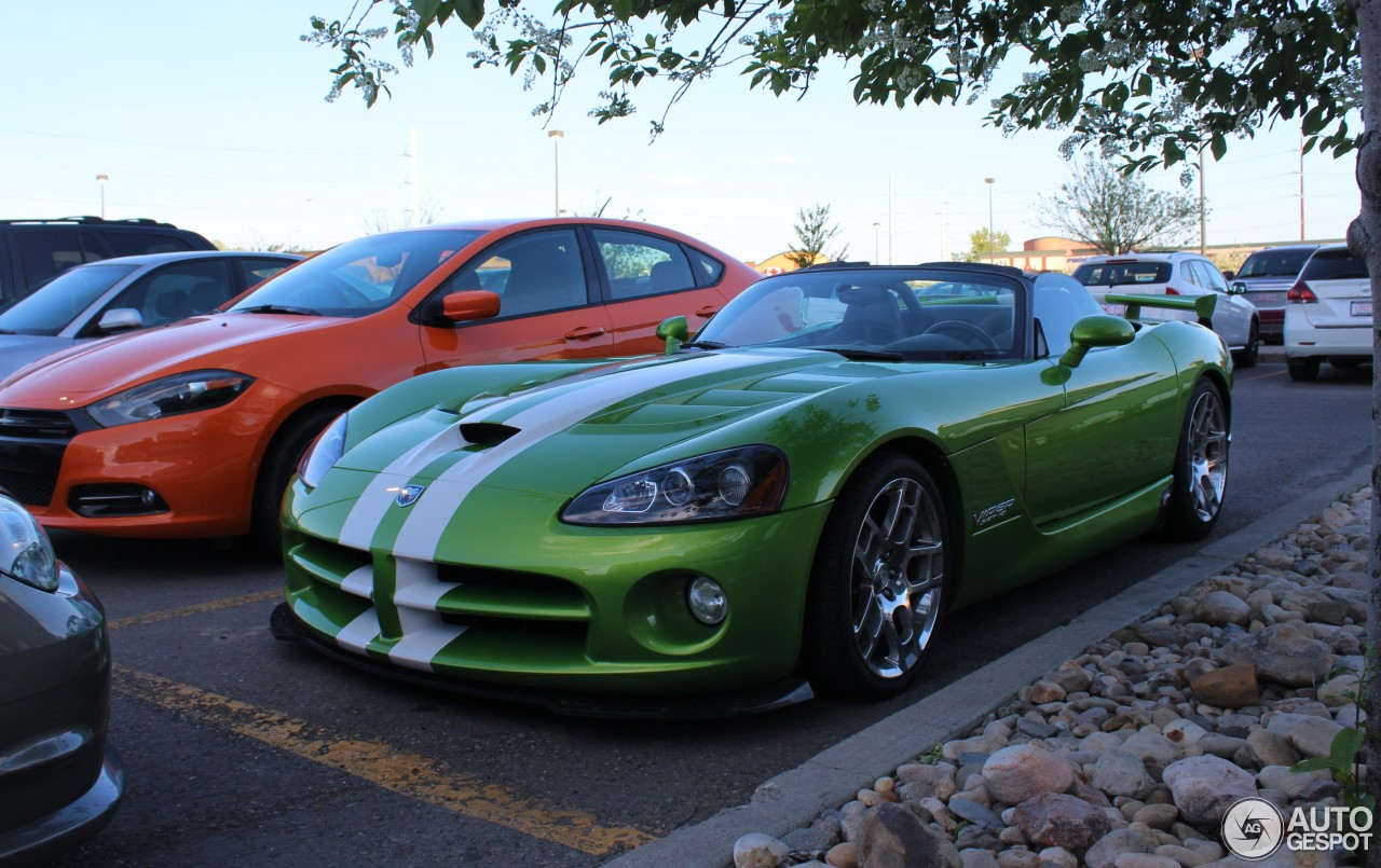 dodge viper srt 10 roadster 2008 9 may 2016 autogespot. Black Bedroom Furniture Sets. Home Design Ideas