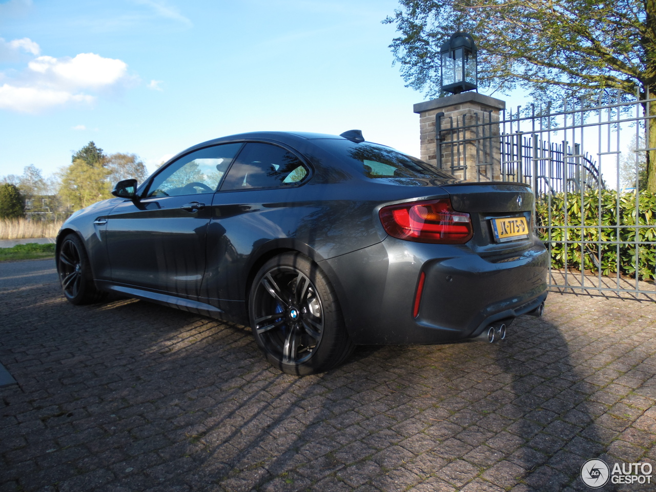 bmw m2 coup f87 12 may 2016 autogespot. Black Bedroom Furniture Sets. Home Design Ideas