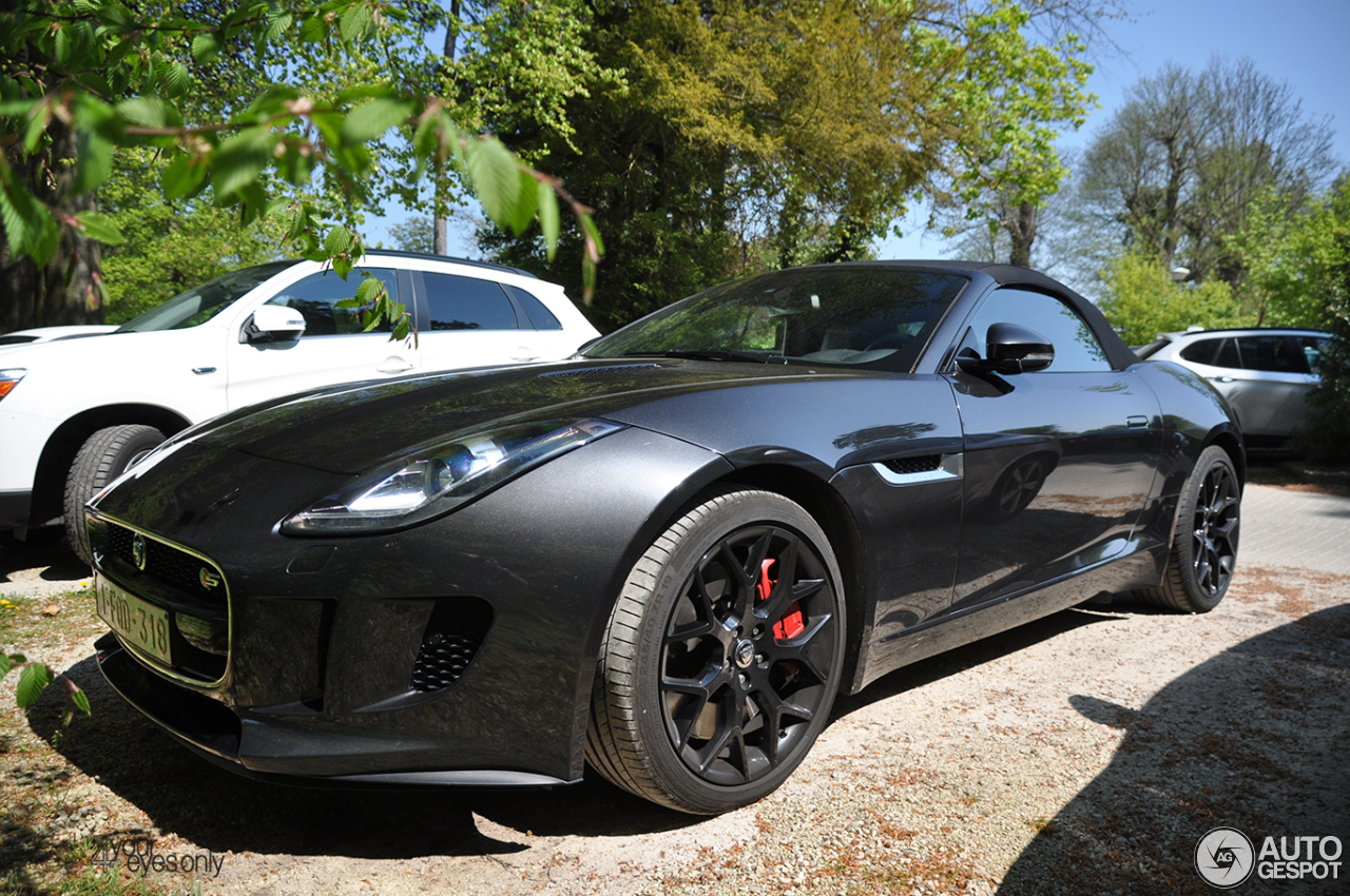 jaguar f type s convertible 12 mai 2016 autogespot. Black Bedroom Furniture Sets. Home Design Ideas