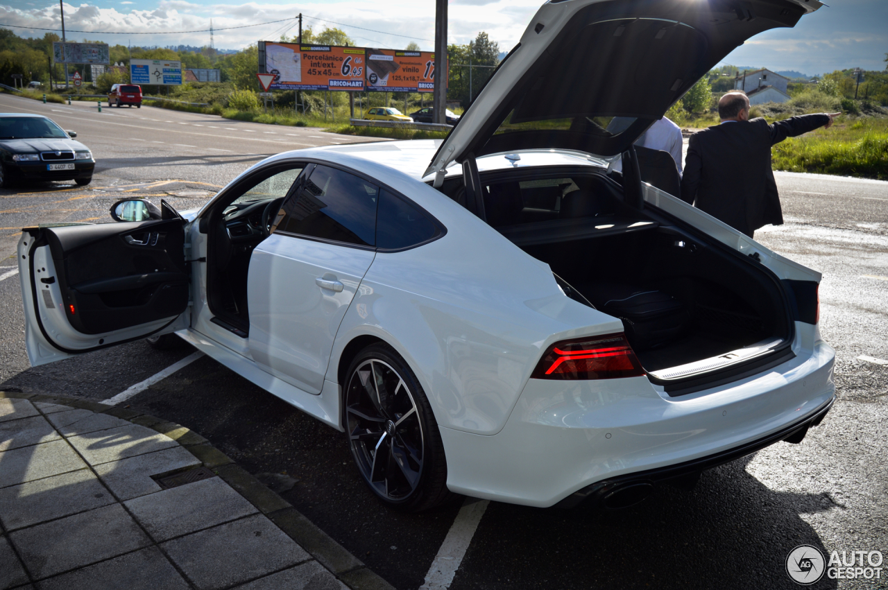 Audi Rs7 Sportback 2015 Performance 13 May 2016 Autogespot