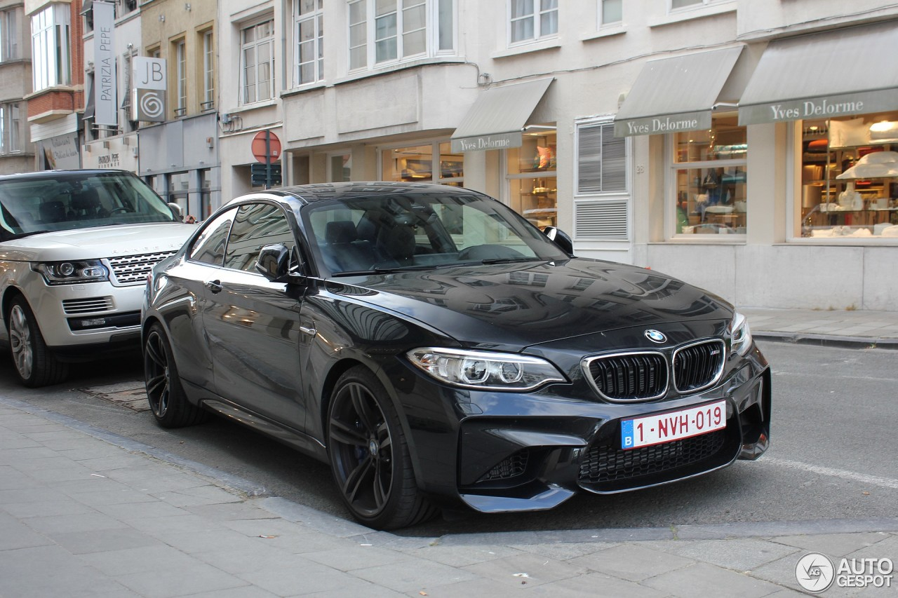 bmw m2 coup f87 14 may 2016 autogespot. Black Bedroom Furniture Sets. Home Design Ideas