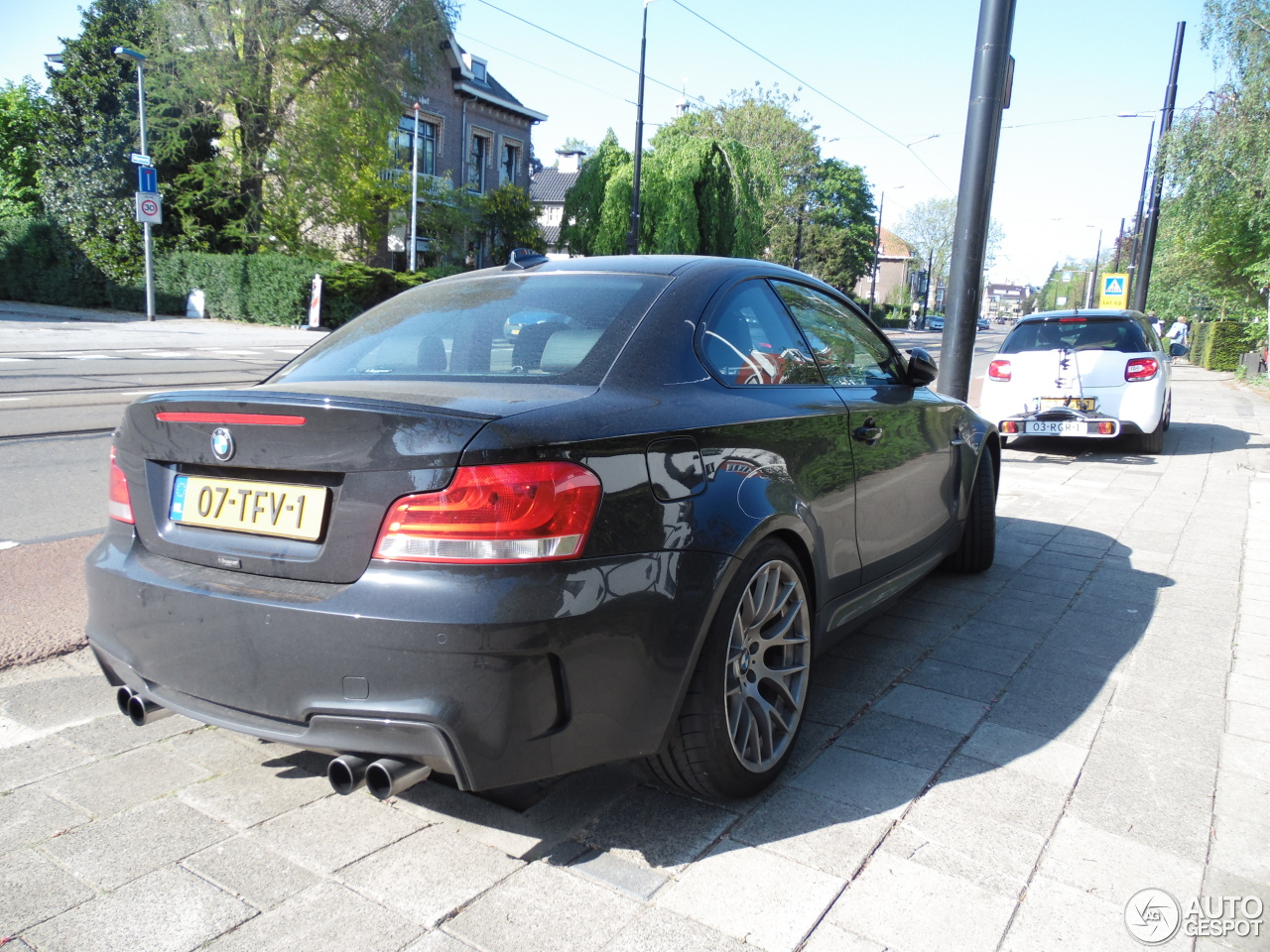 bmw 1 series m coup 18 may 2016 autogespot. Black Bedroom Furniture Sets. Home Design Ideas