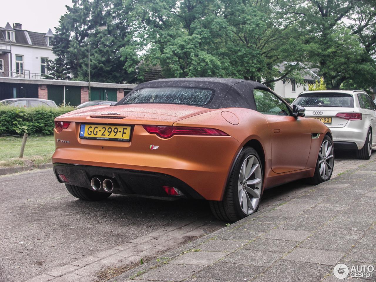 jaguar f type s convertible 18 may 2016 autogespot. Black Bedroom Furniture Sets. Home Design Ideas