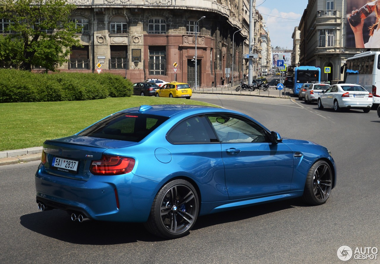 bmw m2 coup f87 20 may 2016 autogespot. Black Bedroom Furniture Sets. Home Design Ideas
