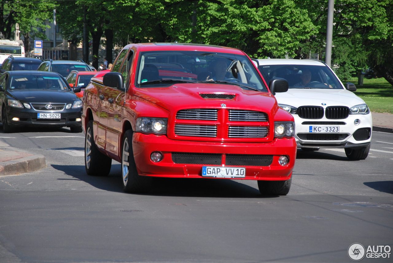 dodge ram srt 10 quad cab 20 may 2016 autogespot. Black Bedroom Furniture Sets. Home Design Ideas