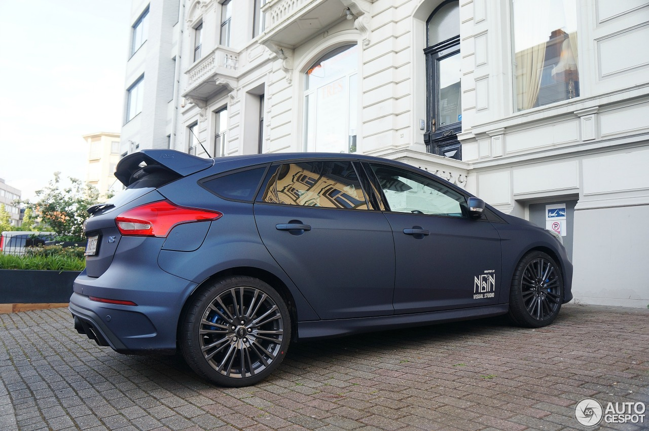 ford focus rs 2015 20 may 2016 autogespot. Black Bedroom Furniture Sets. Home Design Ideas