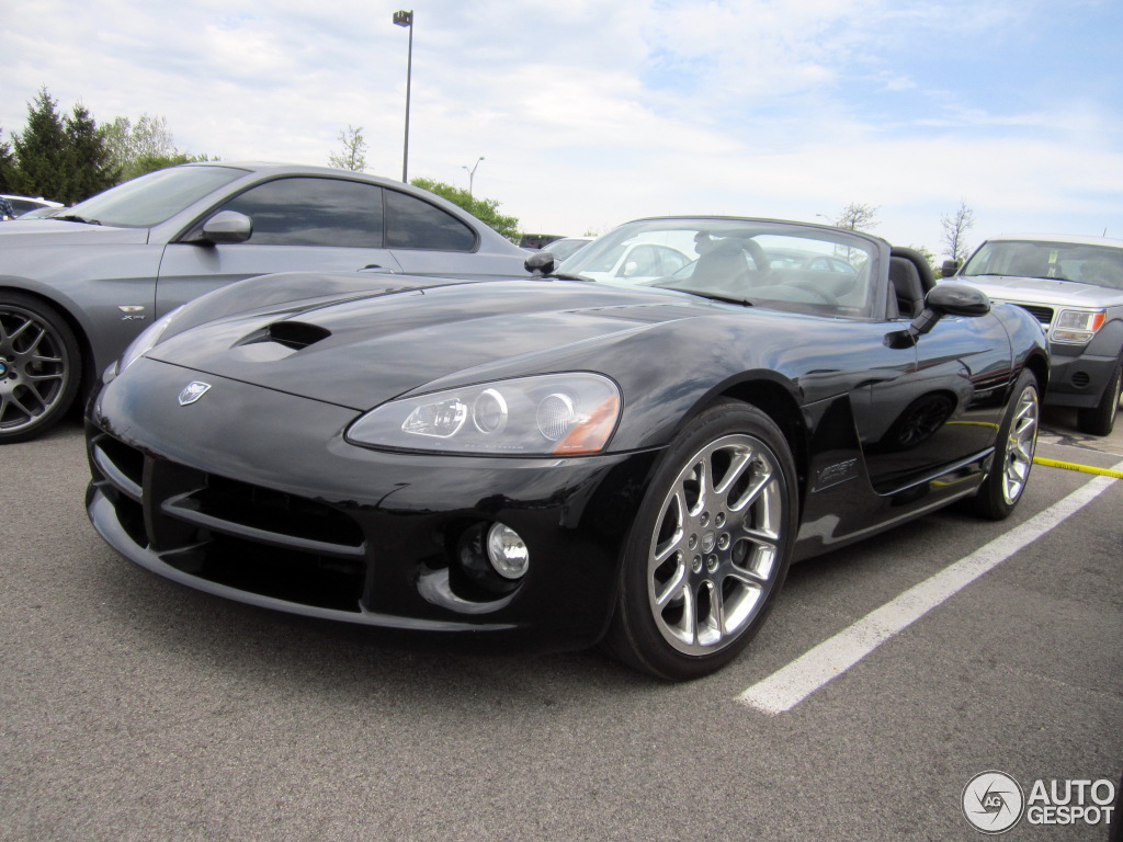 dodge viper srt 10 roadster 2003 21 may 2016 autogespot. Black Bedroom Furniture Sets. Home Design Ideas