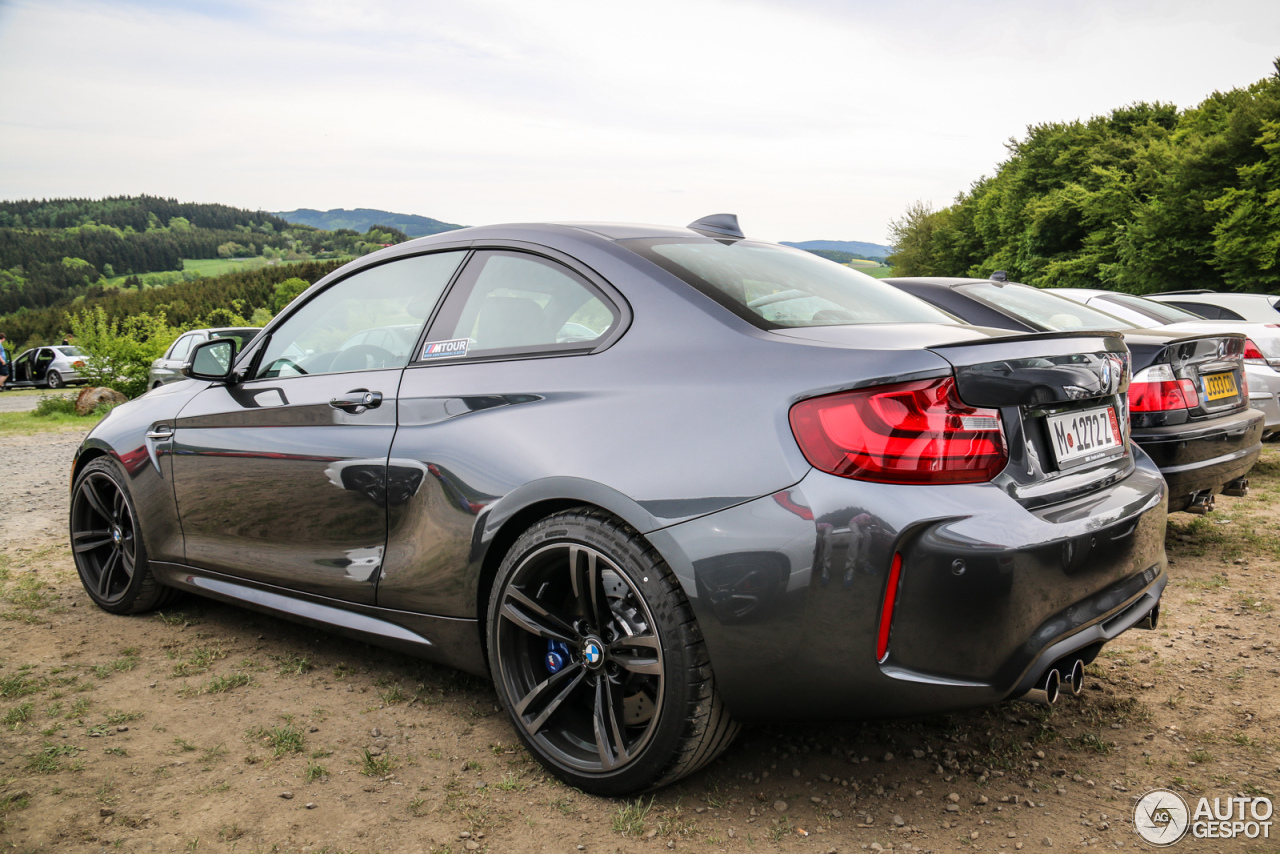 bmw m2 coup f87 22 may 2016 autogespot. Black Bedroom Furniture Sets. Home Design Ideas